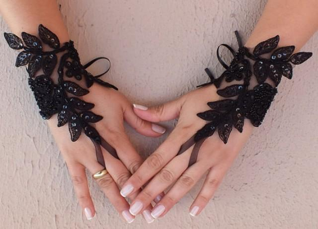 wedding photo - Free ship, Ivory black white Wedding gloves french lace gloves bridal gloves lace gloves fingerless gloves ivory gloves free ship