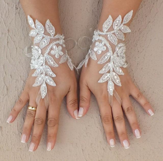 wedding photo - Free ship, Ivory lace Wedding gloves, bridal gloves, fingerless lace gloves,