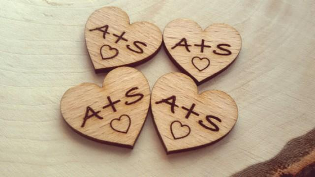wedding photo - 50 Tiny Wood Hearts with your initials 2.5 cm - Rustic decor.