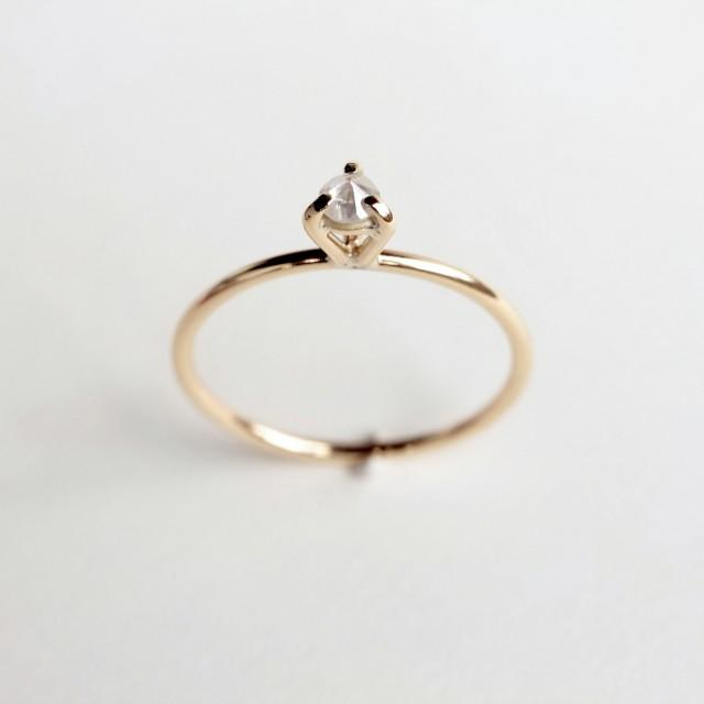 wedding photo - Eye 02 . diamond gold ring