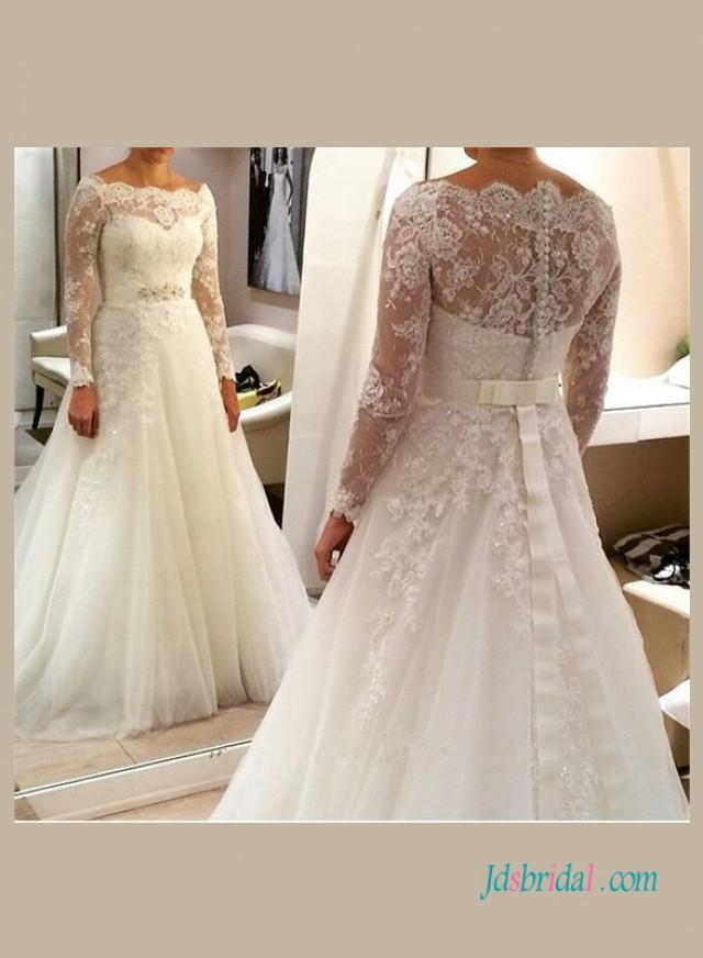 wedding photo - Elegant illusion lace long sleeved wedding dress