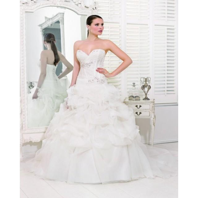 wedding photo - Honorable Ball Gown Sweetheart Beading Lace Ruching Sweep/Brush Train Organza Wedding Dresses - Dressesular.com