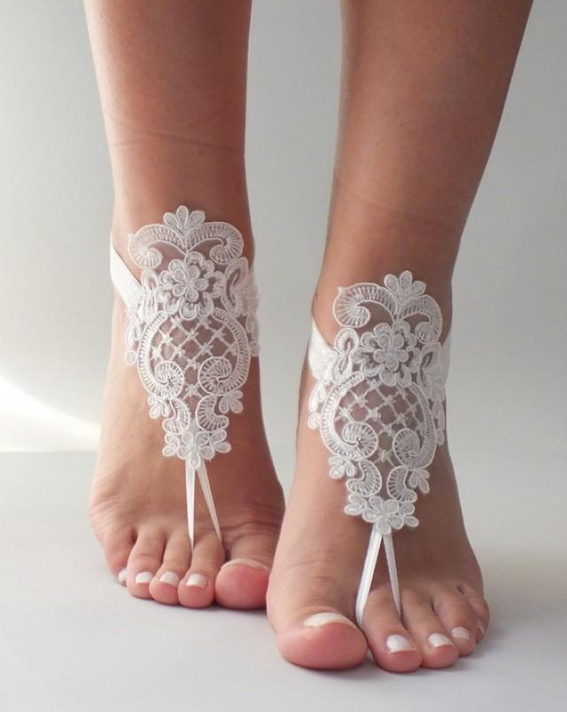 wedding photo - Dentelle romantique sandales aux pieds nus, sandales aux pieds nus mariage de plage, des sandales aux : Autres accessoires par byvivienne