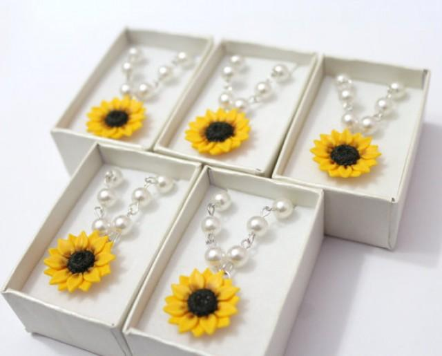 wedding photo - Set of 5 Sunflower Necklace, Sunflower Jewelry, Yellow Sunflower Bridesmaid, Flower and Pearls Necklace, Bridal Flowers, Bridesmaid Necklace