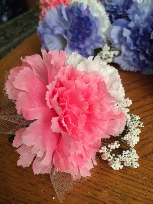 wedding photo - Corsage Pink Bridesmade's Mother-of-the-Bride's Corsage White Carnation Silk Handmade Formal Prom Wedding Ceremony Picture Acc