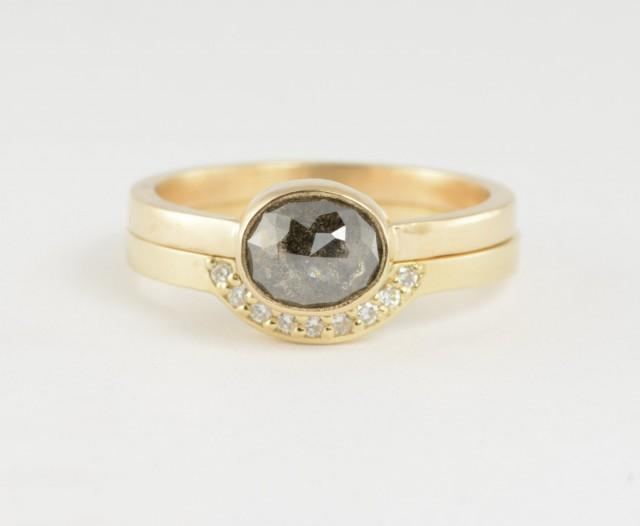 wedding photo - Black Rose Cut Diamond Ring