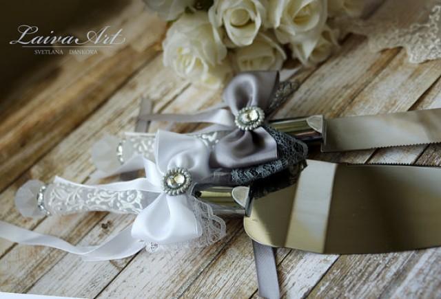 gray wedding cake server set knife gray and white cake cutting set wedding cake knife set. Black Bedroom Furniture Sets. Home Design Ideas