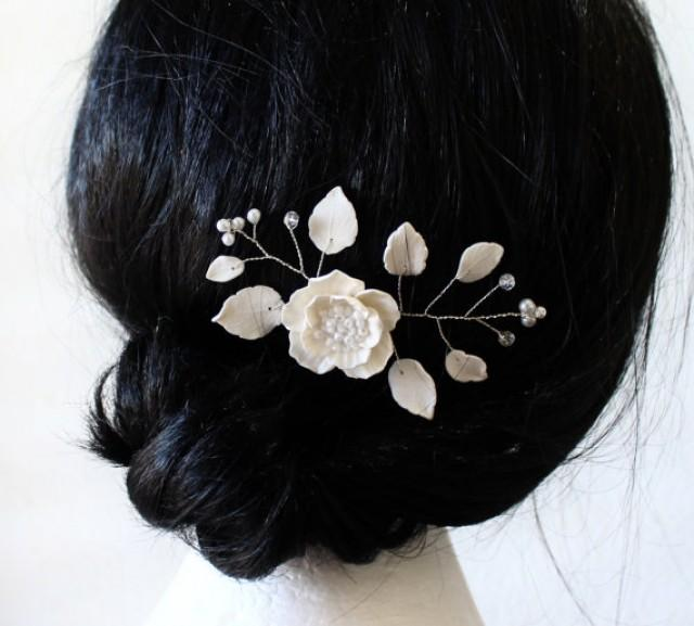wedding photo - Bridal Flower Hair Pin , White Poppy Hair Pins, Bridal White Hair Flowers, Hair Pins, Wedding Hair Accessories, Bridal Headpiece