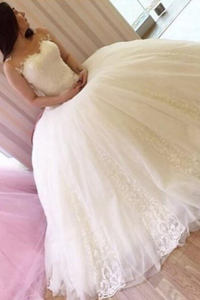 wedding photo - Classic Bateau Sleeveless Ball Gown Wedding Dress with Beading Lace
