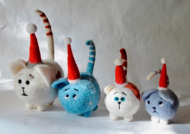 wedding photo - Cat . Set of four kittens, Santa Claus , Needle felted cat, Art Dolls, Interior doll , needle felted.READY TO SHIP