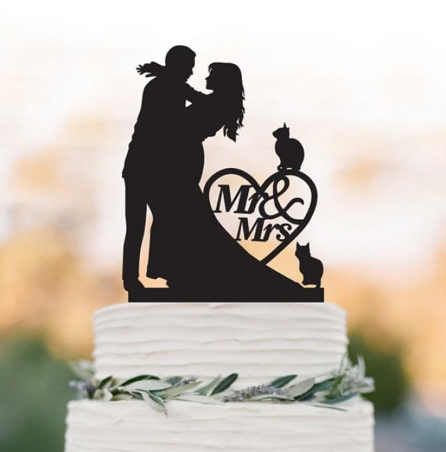 wedding photo - Mr And Mrs Wedding Cake topper with cats include 2 and heart decor, Bride and groom silhouette funny wedding cake topper, topper wit pet