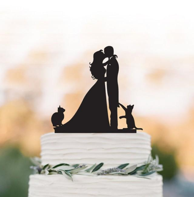wedding photo - Bride and Groom Wedding Cake topper with cats, groom kissing bride funny cake topper. unique wedding cake topper,acrylic cake topper