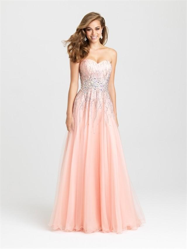 wedding photo - Gorgeous Strapless A-line Beaded Tulle Prom Dress PD3197