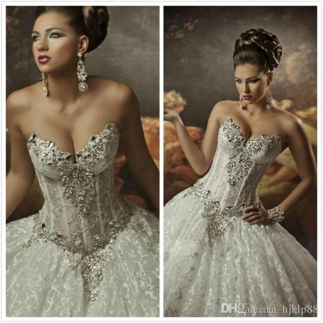 Royal dramatic mariag wedding dresses 2016 ball sweetheart for Wedding dress bling detail