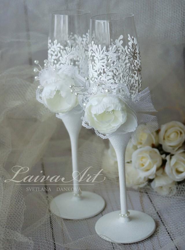 wedding photo - Wedding Champagne Flutes Wedding Champagne Glasses White Wedding Decoration Bride and Groom Wedding Glasses
