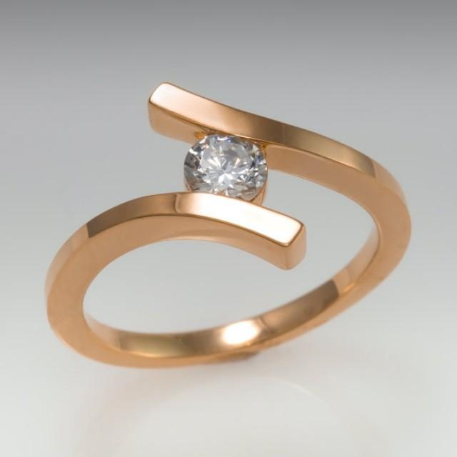 wedding photo - Promise ring - 14k - Twisted ring - April's birthstone - Rose gold ring - Diamond ring - Promise solitaire - Wedding ring - bridal ring