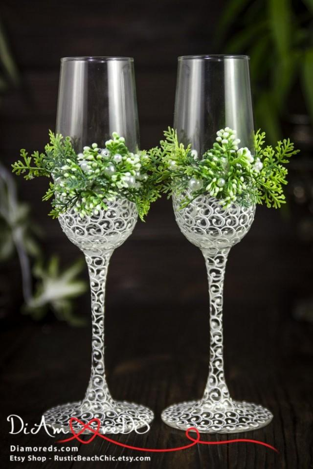 wedding photo - Green and White Garden Toasting Flutes