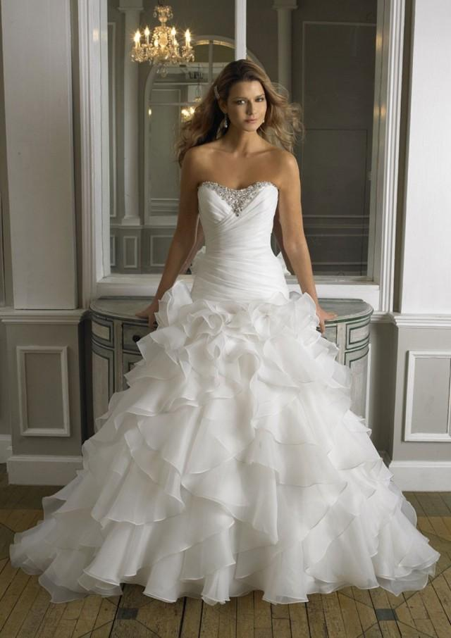 wedding photo - A-Line Strapless Sweetheart Neck Lace Plus Size Wedding Dress