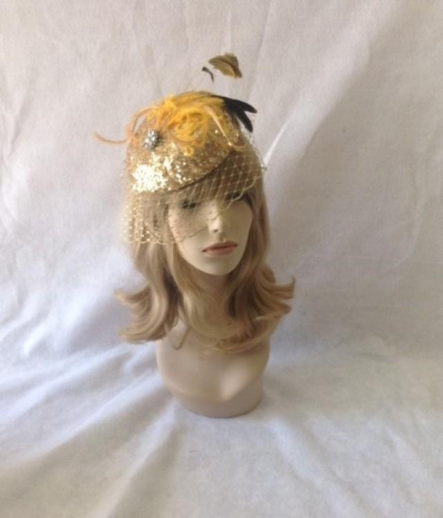wedding photo - Gold Fascinator Hat with birdcage veil, Feather Headpiece, Wedding Fascinator, Christmas gift for her, New Year's Eve Party, Cocktail Hat