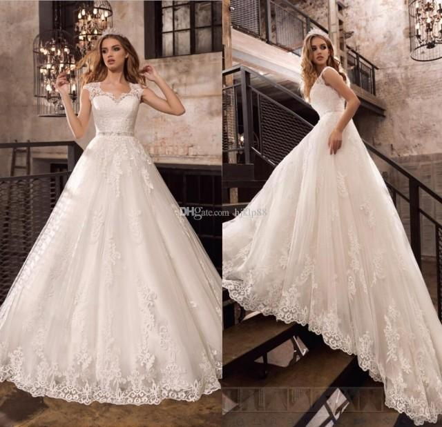 wedding photo - 2017 New Beaded Sash Vintage Lace Wedding Dresses Applique Beads Tulle Bridal Gowns Backless A-Line Garden Wedding Dress Zipper Button Lace Luxury Illusion Online with $165.72/Piece on Hjklp88's Store