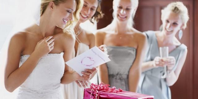 Exactly How Much Money To Give As A Wedding Gift Here Are
