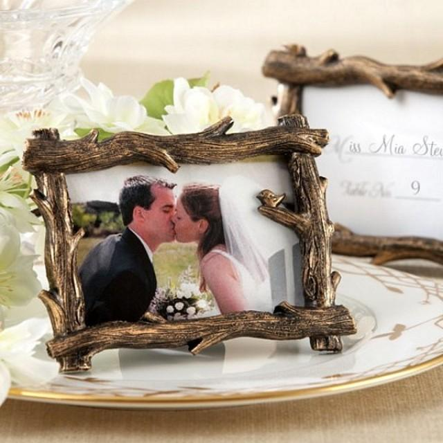 wedding photo - Beter Gifts®  Rustic Tree Branch Place Card Picture Frame Favors