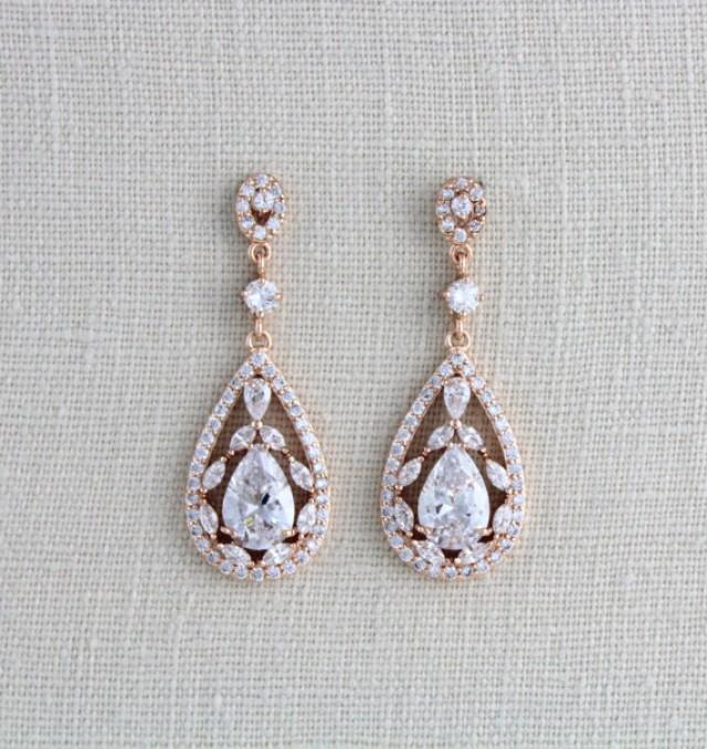 wedding photo - Rose Gold Bridal earrings, Wedding jewelry, Crystal Wedding earrings, Chandelier earrings, Statement earrings, Swarovski earrings, Art deco