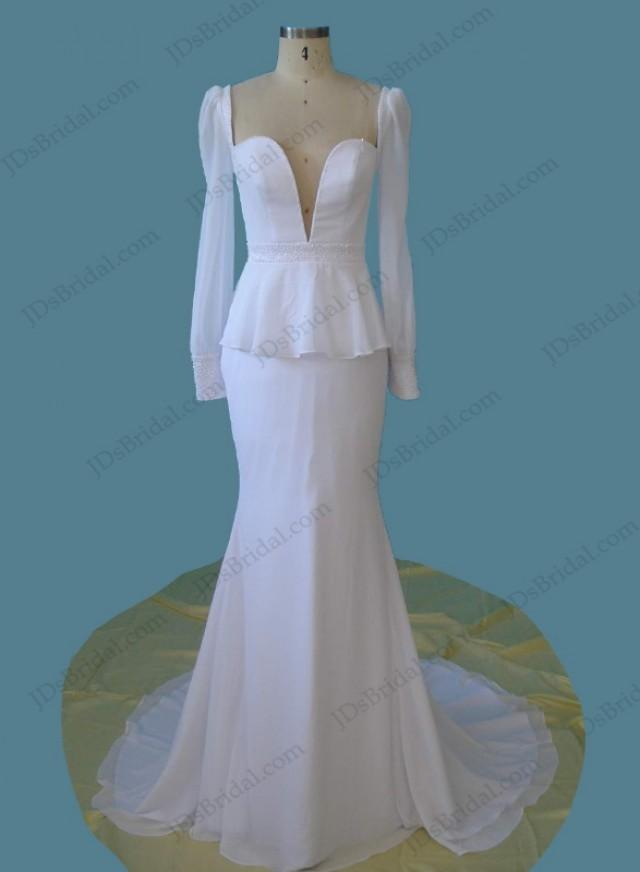 wedding photo - Vintage style plunging peplum mermaid wedding dress