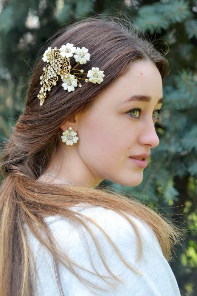 wedding photo - Romantic wedding Lace Floral comb Bridal gold rhinestones comb Lace hair accessory Ivory Flower Bridal Headpiece Fairy tale wedding
