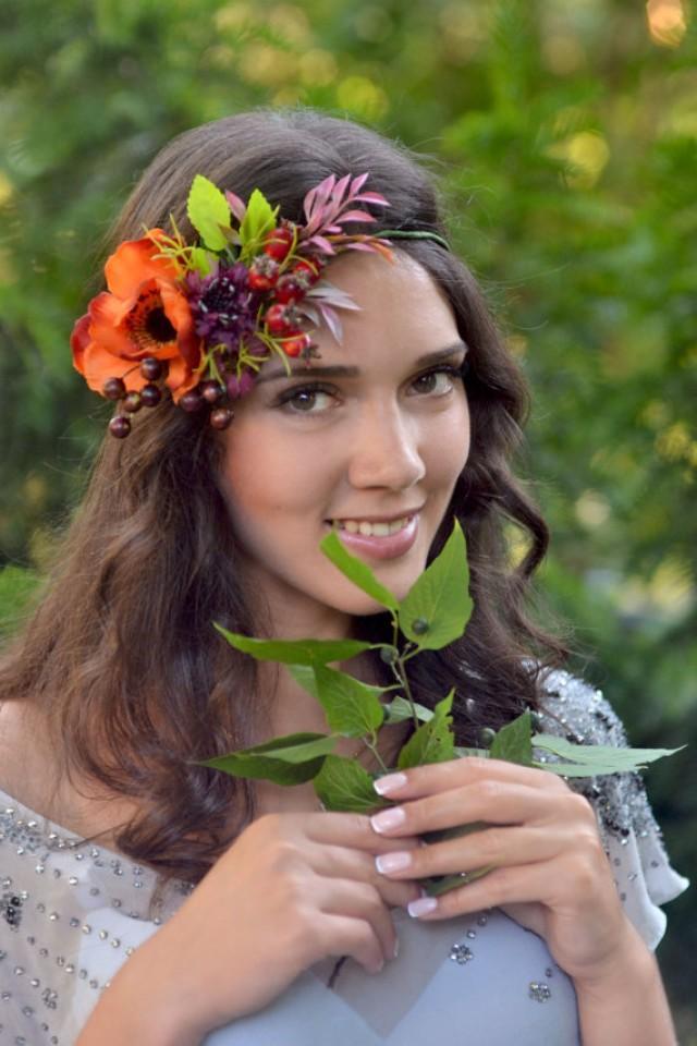 Fall wedding crown Rosehip berries head piece Boho flower crown Bridal anemone woodland hair wreath Forest headband autumn bride