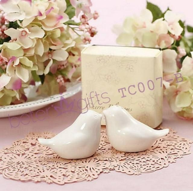 wedding photo - LOVE Birds Salt And pepper Shakers Tc007 Wedding Souvenirs