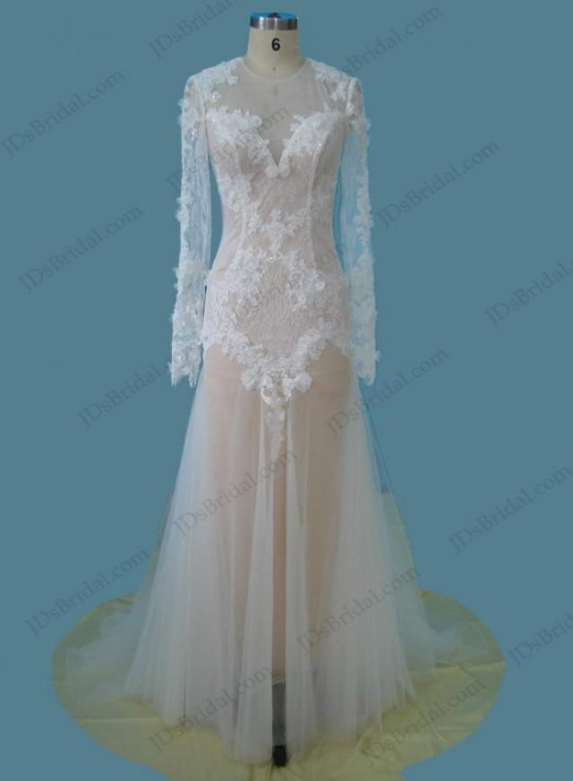 wedding photo - Sexy keyhole back long sleeved soft lace wedding dress