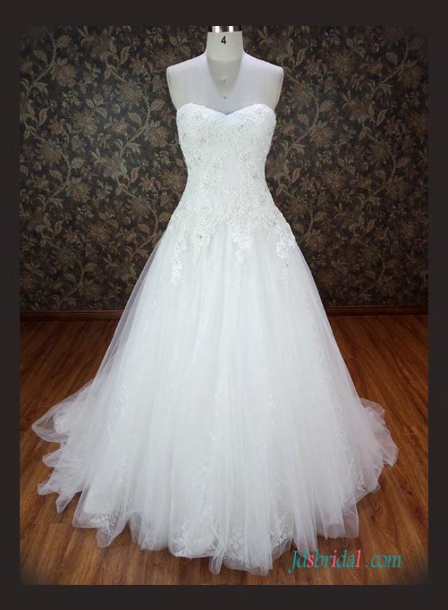 wedding photo - Sweetheart neck beaded lace tulle ball gown wedding dress