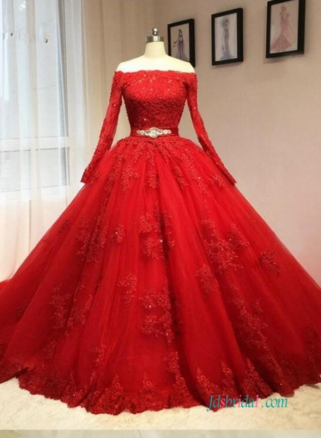 wedding photo - Vintage red long sleeved ball gown wedding dress