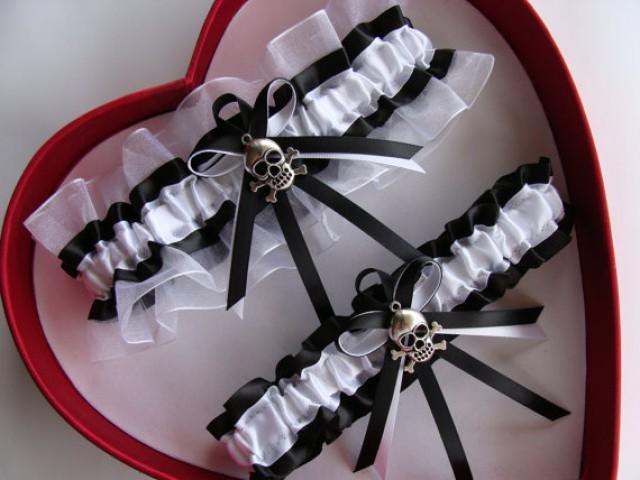 wedding photo - Wedding Garter, Black ,White Wedding Garter Set, Select Keepsake Garter Toss Garter Plus Size Garter Select your charm
