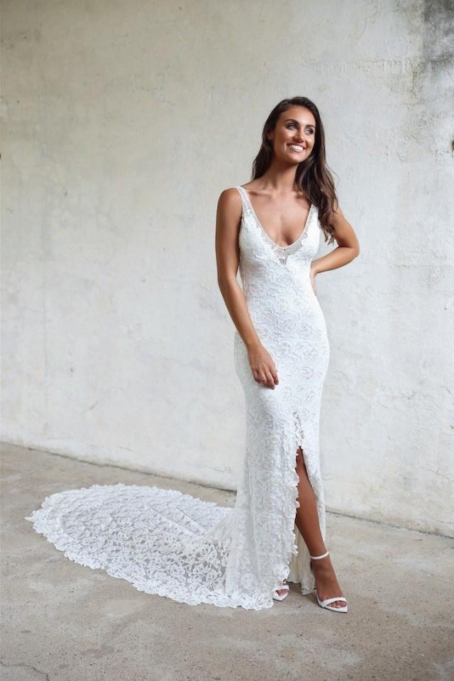 53c7d3cf46b Grace Loves Lace Presents The Dress Of Your Dreams - MODwedding - Weddbook