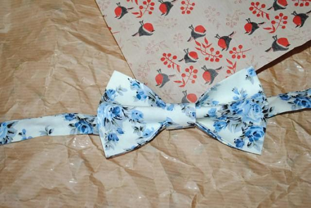 wedding photo - Ivory bow tie Blue bow tie Floral bow tie Men's bow tie Wedding bow tie Groom's bow tie Ringbearer bow tie Groomsmen bow ties Self tie hjyoi