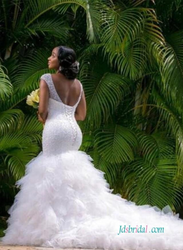 wedding photo - Sexy curvy beading mermaid wedding dress with ruffles