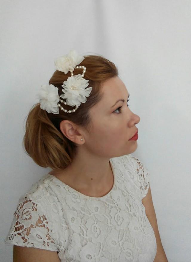 wedding photo - Bridal Headpiece with Flowers, Flower Headpiece, Flower Hair Comb, Bridal Flower Hairpiece, Flower Comb, Floral Headpiece, Floral Hair Piece
