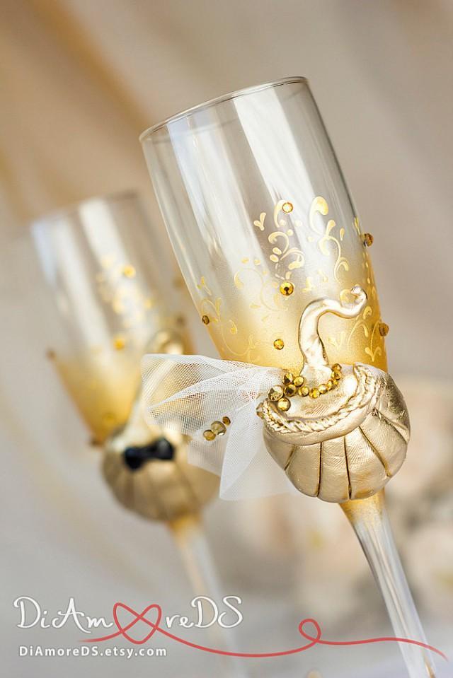 Pumpkin, bride and groom toasting flutes, fall wedding,autumn wedding, october wedding, Halloween Decor, Party Favor,2pcs /G2/3/4/11-0001