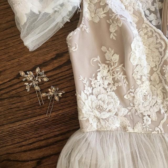 wedding photo - Exquisite Cotton Lace Applique, Cream Embroidery Wedding Applique , Bridal Veil Applique for Wedding Gown, Bridal Dress Decor, Bodice