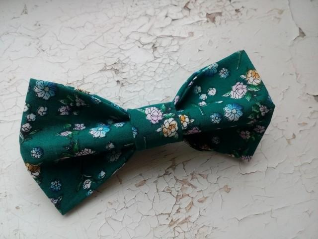 wedding photo - emerald bow tie dark emerald green wedding self tie necktie hunter green ties matching handkerchief green cuff links long distance gift klpm - $10.36 USD