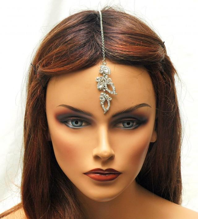 wedding photo - FREE SHIPPING Tikka Headpiece, Crystal Hair Chain, prom, Bridal Headpiece, Indian Maang Tikka, Wedding Hair Accessories, Hair Jewelry - $22.00 USD