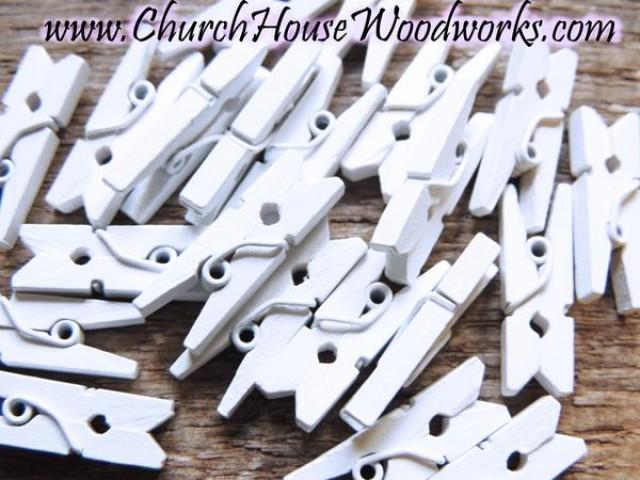 wedding photo - Pack of 100 Mini White Clothespins
