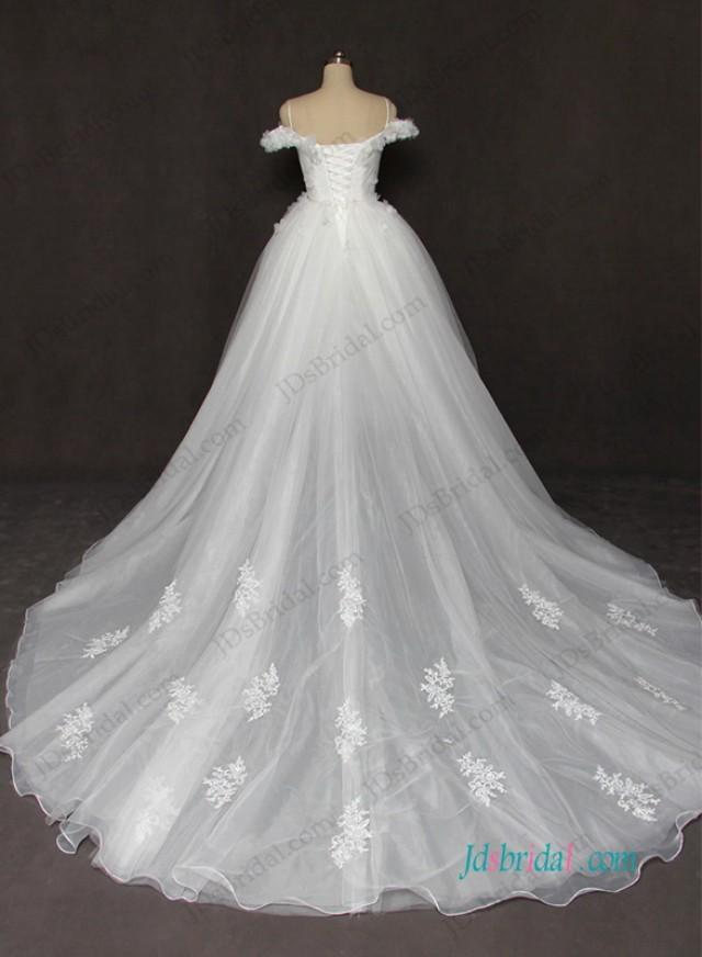 wedding photo - Fiary off the shoulder tulle princess wedding dress with flowers