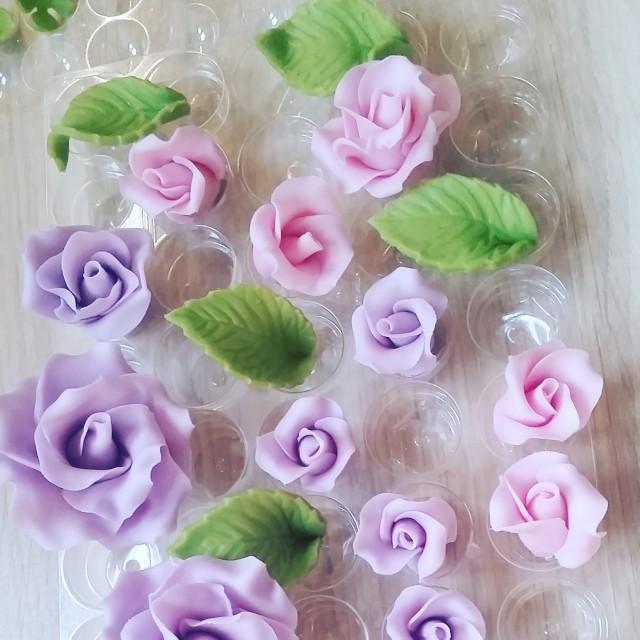 Sugar roses, Set of 15 handmade roses, cake topper, wedding cake decor
