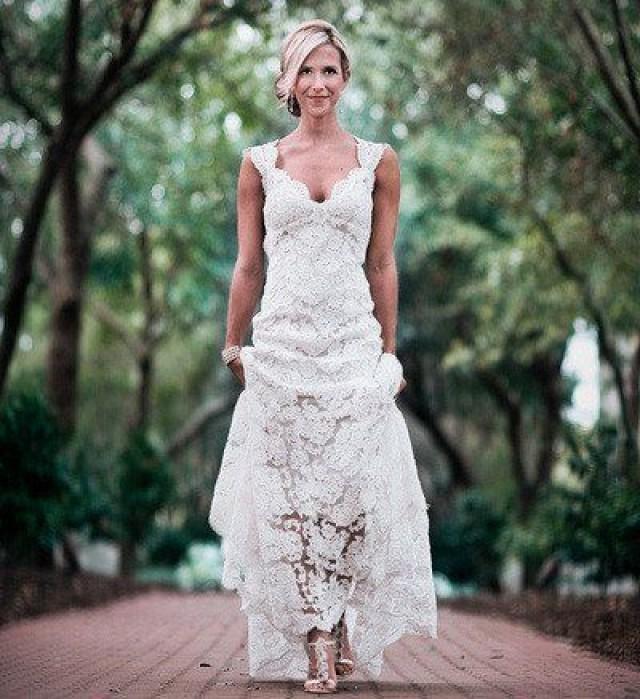 Long Wedding Gown,Lace Backless Wedding Gowns,Vintage Bridal Dress,Romantic Wedding Dress,White Brides Dress