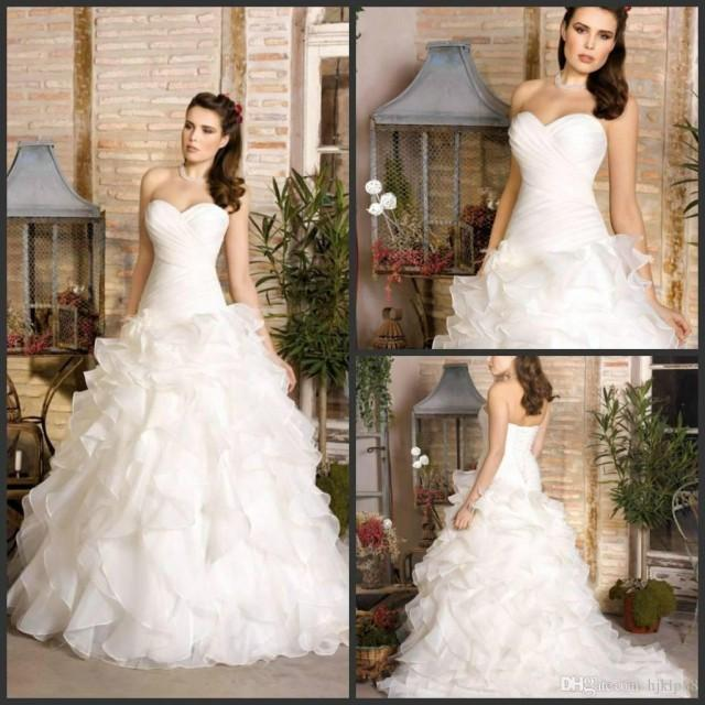 wedding photo - Dreams 2017 Gorgeous Romantic Ruffles Organzas Sweetheart Bridal Dresses A-line Wedding Dresses Bridal Gowns Sweep Train Lace Up Lace Luxury Illusion Online with $160.0/Piece on Hjklp88's Store