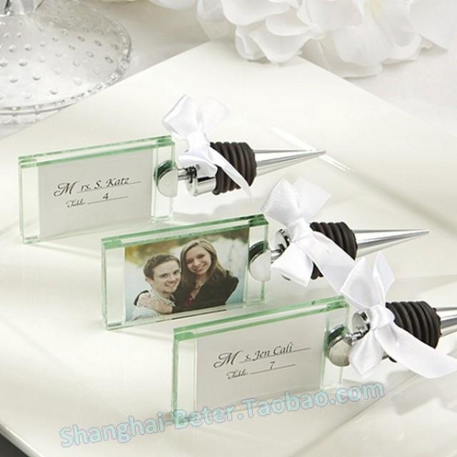 wedding photo - Beter Gifts® #photoframe #escortcard #placecard #crystalbottlefavors #weddingDecor #PhotoHolder #BottleStopper