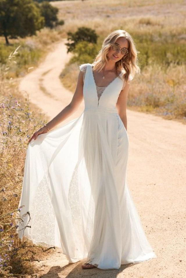 wedding photo - Rembo Styling 2017 Wedding Dress Collection Is Boldly Bohemian